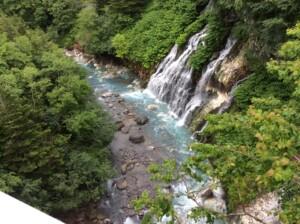 美瑛ブルー 白ひげの滝